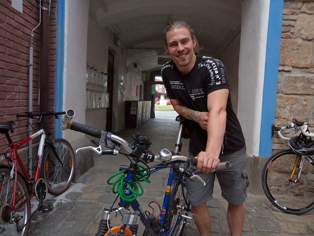 Tomáš Nikl z Plzně přihlásil sebe a kolegy do kampaně Do práce kole. Jejich tým byl v konkurenci 80 nejlepší