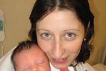 Marcele a Martinovi Bernasovým z Brodu nad Tichou se 4. února v 16.15 hod. narodil ve Stodské nemocnici syn Martin (2,80 kg/48 cm)
