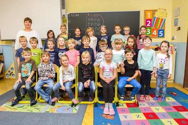 20. základní škola. 1.A - třídní učitelka Jitka Volfová
