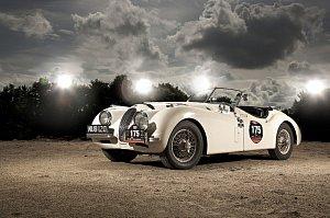 Z výstavy exkluzivních vozů Jaguar