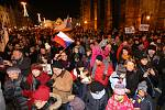 Shromáždění k výročí Sametové revoluce na náměstí Republiky v Plzni.