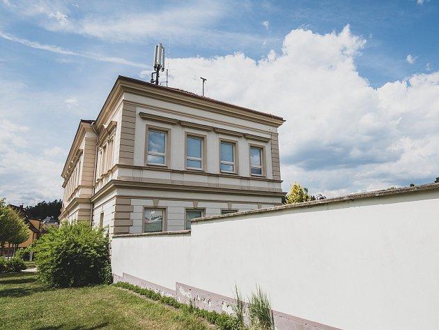 Základní škola - Plzeň Újezd