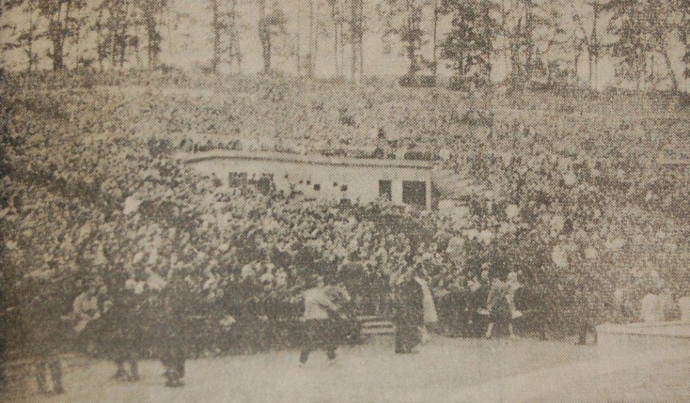 Film Limonádový Joe sledovalo v amfiteátru 7. července 1964 20 tisíc lidí