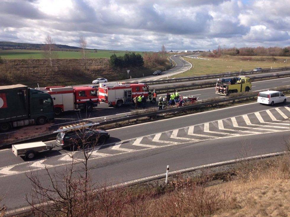 K nehodě došlo na 80 kilometru dálnice D5.