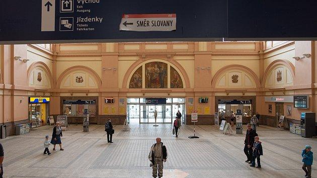 Hlavní nádraží ČD v Plzni.
