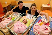V Plzni se narodila trojčátka. Ella, Emma a Anna Kohoutovy.