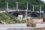 Rekonstrukce historického mostu na Jateční