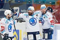 Milan Gulaš (uprostřed)