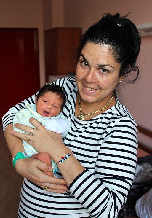 Meriem Aptiševa z Plzně se narodila v porodnici na Lochotíně 20. září ve 12:31 hodin (2890 g, 50 cm). Rodiče Lili a Erdal věděli, že jejich prvorozené miminko bude holčička.