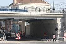 Nový železniční most v Prokopově ulici