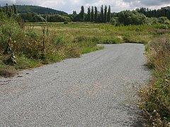 Silnice končící v poli