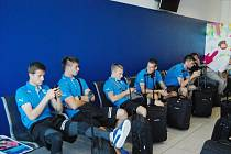 Fotbalisté plzeňské Viktorie na letišti v Praze