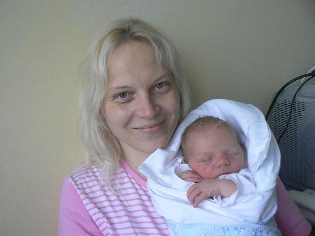 Janě a Martinovi Vildovým z Plzně se 16. června 2006 narodila dcera Lucinka a přesně tři a půl roku nato, 16. prosince 2009 (v 15.53 hod.), přišel v Mulačově nemocnici na svět jejich syn Tomášek (4,05 kg, 53 cm). Lucka se na svého novorozeného brášku těší