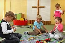 Žáci církevní třídy se dočkali nového roku. Jejich rodiče vybojovali znovuotevření Mateřské školky kardinála Berana