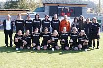 Družstvo žen, které hraje fotbal za Horní Břízu