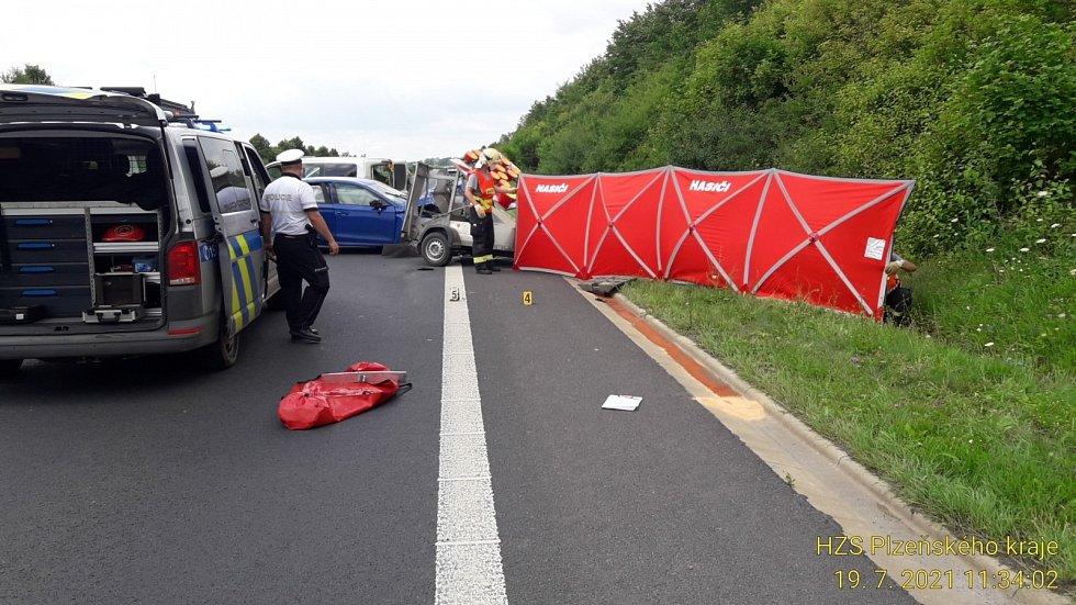 Tragická nehoda na silnici I/27 u sjezdu na Dobřany.