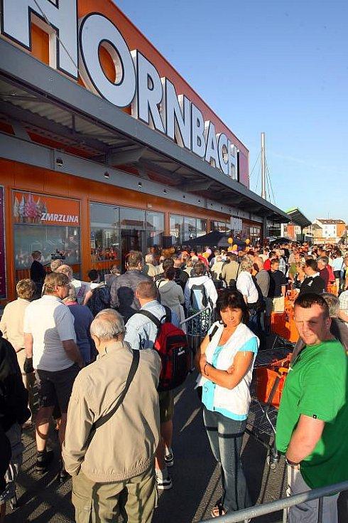 Otevření hobbymarketu Hornbach v Plzni