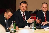 Premiér Petr Nečas navštívil v pátek konferenci rektorů, která se konala v Plzni