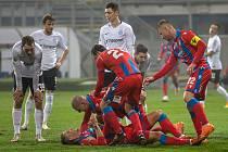 Lístky na Spartu jsou v prodeji, zápas s Budějovicemi bude výroční.