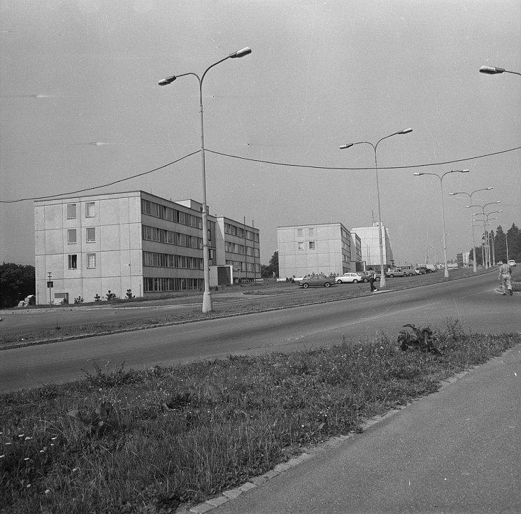 Pohled na Sverdlovskou ulici v roce 1982.