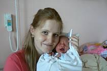 Pavel Veselý (3,34 kg, 49 cm), který se narodil 8. května v7:02 hod. ve fakultní nemocnici, je prvorozený syn Hany a Pavla zPlzně