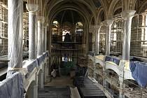 Rozsáhlá rekonstrukce Velké synagogy bude dokončena nejdříve koncem roku 2021.