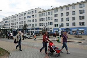 Budova polikliniky ve Francouzské ulici na Slovanech