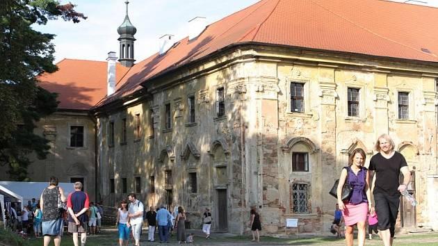 Večer pro klášter Chotěšov.