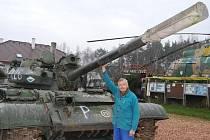 Karel Tarantík, majitel muzea vojenské techniky Air park Zruč s nejnovějším exponátem, tankem T-55