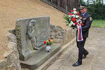 Vzpomínkový akt na bývalém popravišti v Plzni-Lobzích