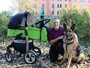Se psem i kočárkem vyrazila Andrea Jelínková na charitativní Běh po šesti