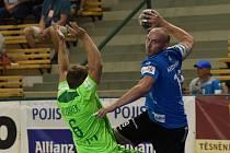 Dvacet minut dokázal nováček házenkářské extraligy z Maloměřic držet krok s mistrem soutěže. Poté domácí Talent Plzeň rozjel brankostroj a skóre nedělního utkání 3. kola se zastavilo na 38:16.