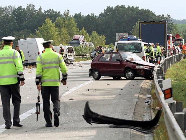 Hromadná nehoda na D5 u Heřmanovy Huti