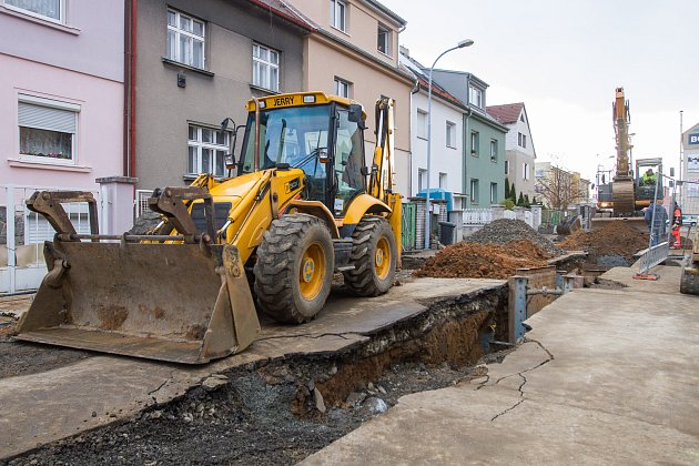 Stavební práce - Wolkerova ulice na Slovanech