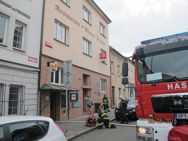 Požár v restauraci U kance.
