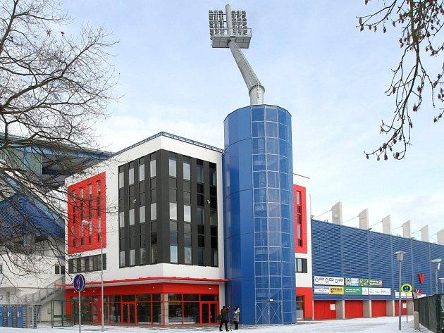 Přestavba stadionu ve Štruncových sadech stála více než půl miliardy korun.