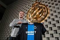 Zlato má belgický klub ve znaku a teď se Bruggy i s Michaelem Krmenčíkem staly po šestnácté mistrem Belgie.