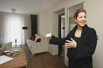 Jeden z apartmánů ukazuje ředitelka hotelu Golden Fish Jana Rybová