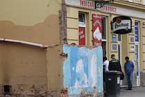 V neděli ráno několik hodin po požáru kuchyně indické restaurace v Lochotínské ulici v Plzni.