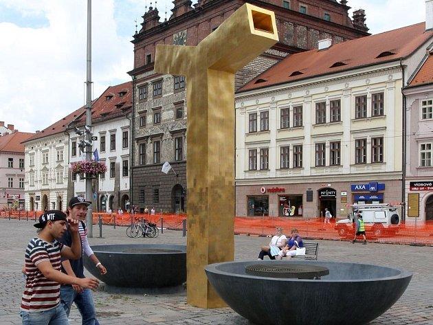 Kašna Anděl na náměstí Republiky v Plzni