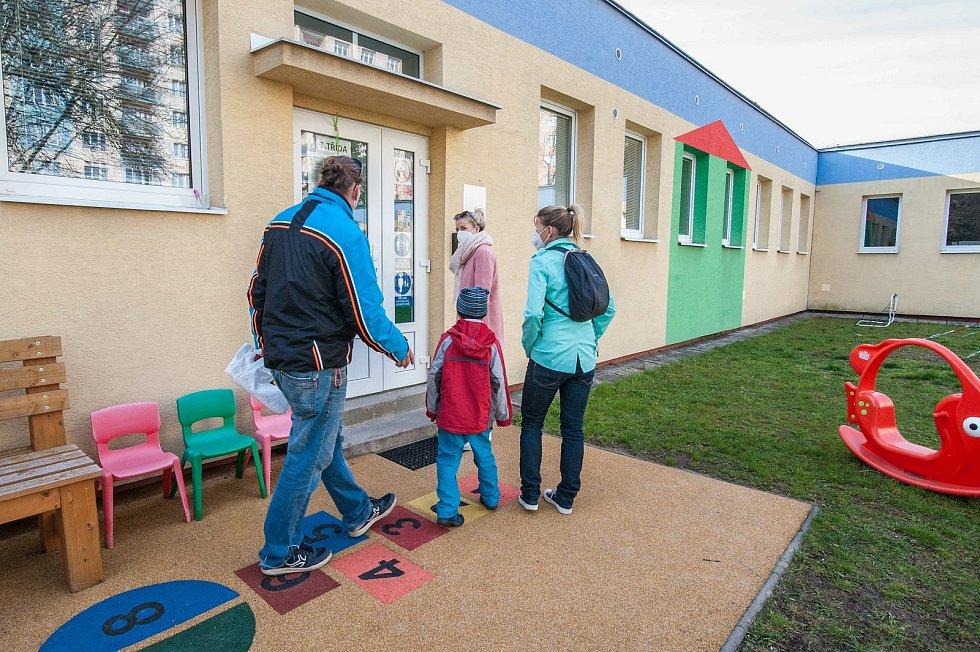 78. Mateřská Škola, Lochotín.