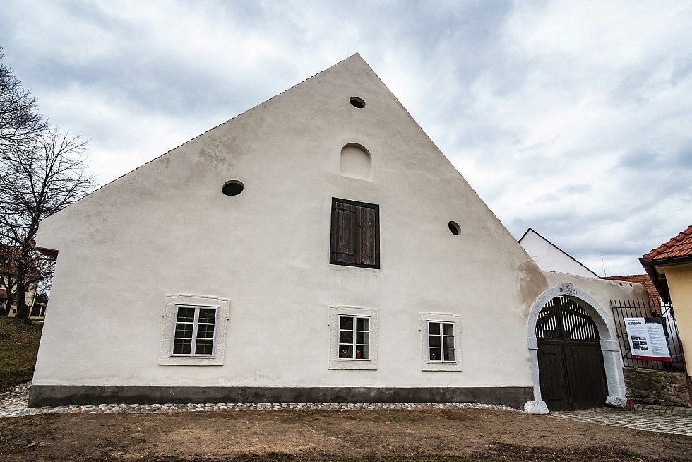 Selský dvůr u Matoušů v Plzni-Bolevci po rekonstrukci.