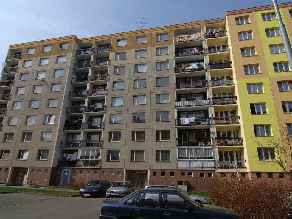 Panelové domy ve Strážnické ulici