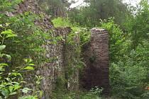 Zřícenina hradu Buben.