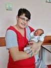 Karel Raška se narodil 18. listopadu v 9:11 mamince Kateřině a tatínkovi Karlovi ze Všerub. Po příchodu na svět v plzeňské fakultní nemocnici vážil bráška čtyřleté Kateřiny 3900 gramů a měřil 51 centimetrů.