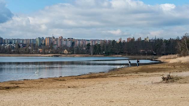 Plzeň, Bolevecký rybník, pláž Ostende.