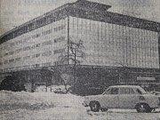 Pohled na nový plzeňský obchodní dům, jaký přinesl deník Pravda 19. února 1967