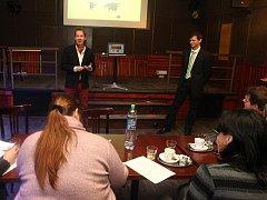 Dominik Vacikar, Petr Strýček a Václav Vacikar vyvinuli web pro zájemce o zahraniční studium