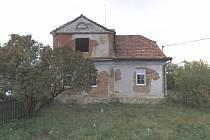 Dům v ulici Boženy Němcové se dočká kompletní rekonstrukce. Opravy začnou už v únoru. Od příštího roku v něm pak bude sídlit komunitní centrum