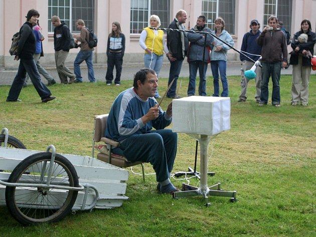 Festival Mezi ploty v areálu psychiatrické léčebny v Dobřanech